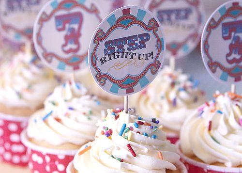 Circus_cupcakes_web