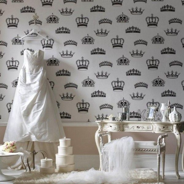 Amazing-crowns-wallpaper-design-ideas