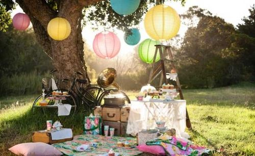 A-simple-outdoor-party-with-your-beloved-one-only-600x367