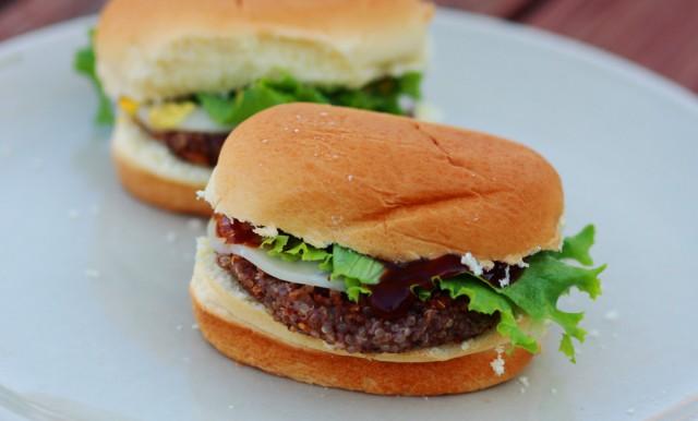 Veggie-burger-recipe-640x386